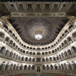 saala_bibiena_teatro_comunale_bologna